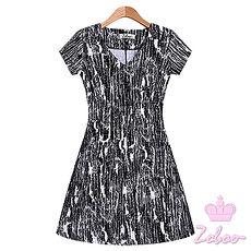 【Zoboo】V領蓋袖洋裝傘擺連身裙小禮服,晚宴服,心機洋裝(Q5016) 黑白紋路
