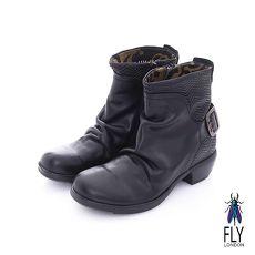 Fly London(女) 天然帥 V字波紋復古低跟中筒靴- 潮流黑