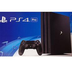 PS4 Pro 1TB主機 (日規機)《贈:主機收藏包+直立架+手把果凍套+手把類比套》