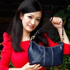Sika - 義大利時尚真皮手提2 way水餃包M6145-06 - 清玉藍