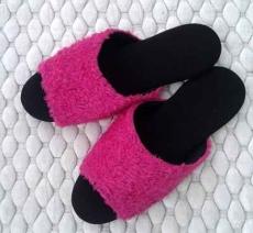 (e鞋院)[馬卡龍絨毛]舒適皮拖鞋-粉